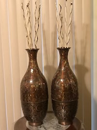 """Set of 2 brand new brown mosaic mirror vases 25"""" tall  with free bamboo sticks check out my other items on this page interested pm me in Gaithersburg md 20877 Gaithersburg, 20877"""