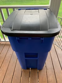 Rubbermaid 50 gal Commercial Trash Can Unity, 15650