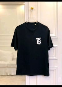 black crew neck t-shirt Baltimore, 21218