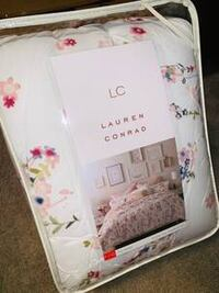 ~BRAND NEW~ LC Full-Queen 3 pc comforter set La Vista