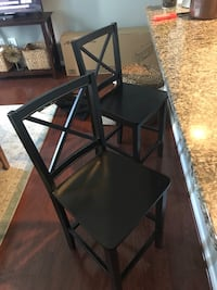 24 inch black counter bar stools. Tinton Falls, 07712
