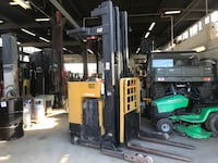 2004 Caterpillar reach truck in outstanding condition.     Mississauga
