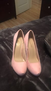 Pink high heels size 81/2 wither rhinestones on the heel Coventry, 02816