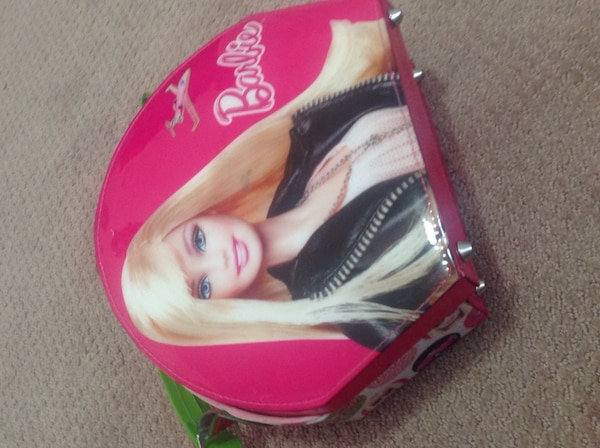 Barbie kids makeup case