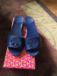 Brand New Tory Burch 30MM Slides in Navy Sea Virginia Beach, 23455