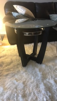 Matching glass coffee table and side table Arlington, 22201