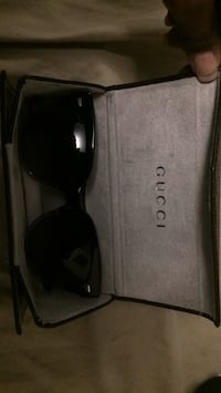 Authentic Gucci sunglasses Brampton, L6T 3X3