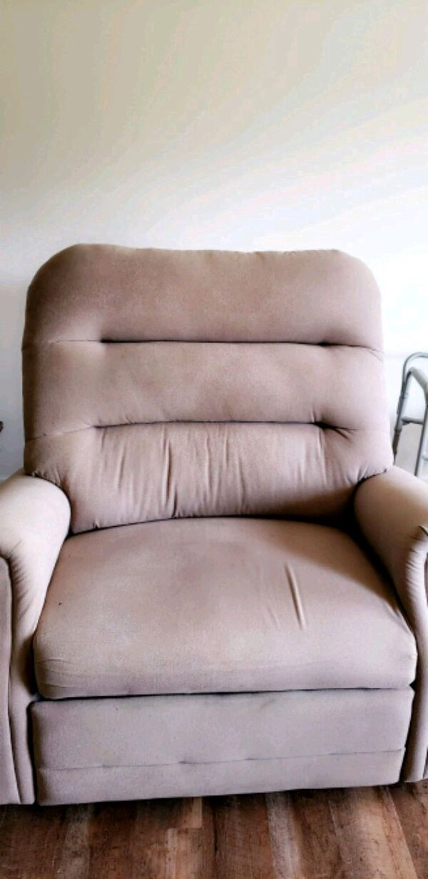 Over-sized Reclining Lift Chair
