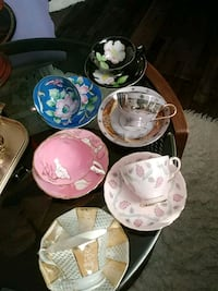 Collectible cups and saucers, $18.00 each Laval, H7G 1G2