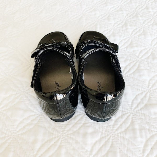 Cat and Jack Mary Jane Ballet Flats Black Size 9 1b692106-8981-4d56-ae35-25e307a28b3d