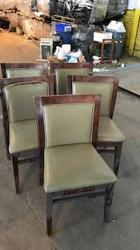 5 green leather chairs  Dineing room chairs