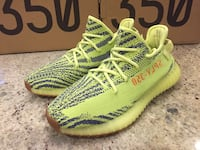 Yeezy Boost 350 V2 Men's Size 10 Semi-Frozen Yellow New Mississauga, L5G 3H2
