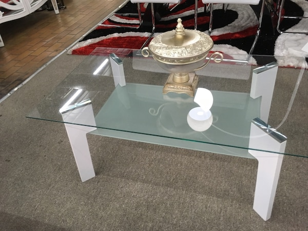 Coffee table, glass top 4