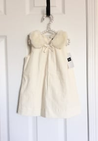 Babygap faux fur collar dress size 6-12 months- New with tags 535 km