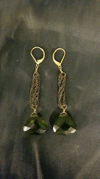 Green stone dangly earrings  Merrifield