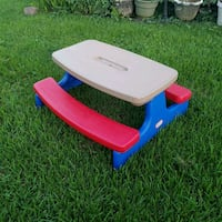 Little tikes picnic table Metairie, 70003