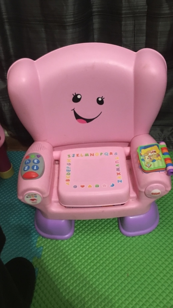 Photo Pink fisher-price laugh and learn smart stages chair