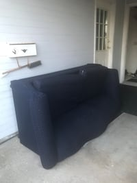 Free couch  3725 km