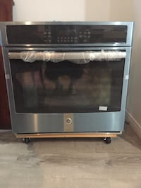Gray and black GE electronic oven. Never used Yonkers, 10707