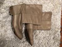Beige leather boots size 38  Beaconsfield