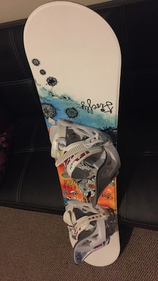 white, blue and black snowboard