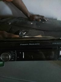 2 car radios and power amp Detroit, 48227