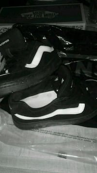 pair of vans  tenis #7 Las Vegas, 89110