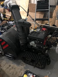 Troy Built 26 inch 2 stage snow blower on steroids! Heated grips, electric start, bulldozer type tracks!! Silver Spring, 20904