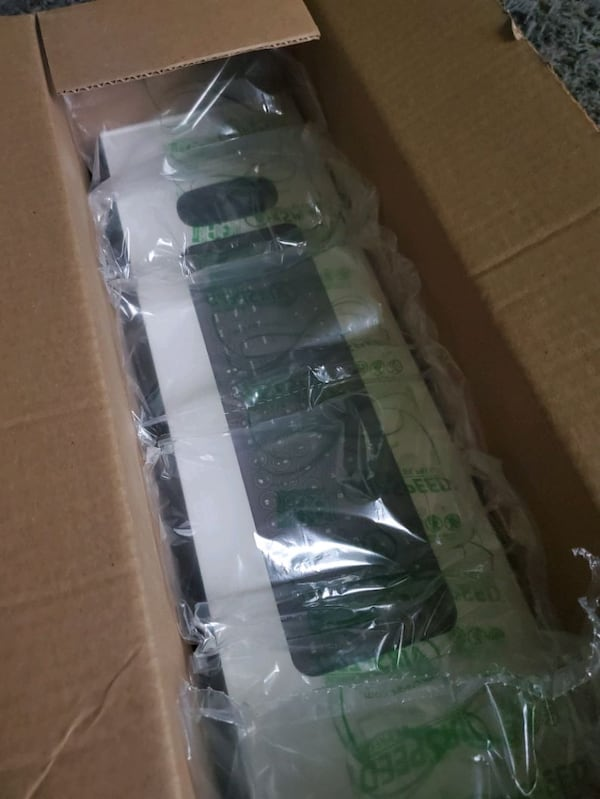 Wireless mouse and keyboard BRAND NEW 00a852ef-abe5-44b0-9198-49590dde8036