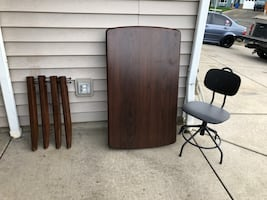 2 Piece Solid wood Desk and Chair