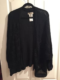 Black cardigan Langley, V3A 3M8
