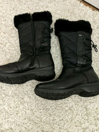 pair of black leather boots Halifax, B3N