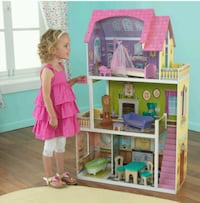 pink and green 3-storey dollhouse Moreno Valley, 92551