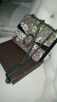 Gucci Dionysus  floral leather wristlet Mississauga, L5W 1P1