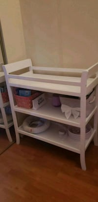 Baby changing table  27 km