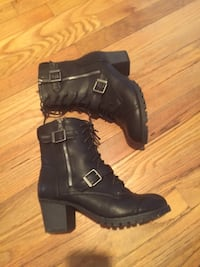 Good condition woman's boots size:10 Hyattsville, 20784