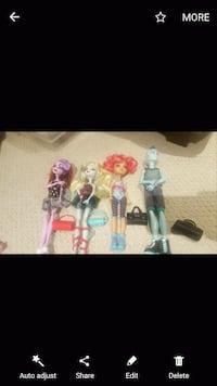 Monster high  Newmarket, L3Y 5W2