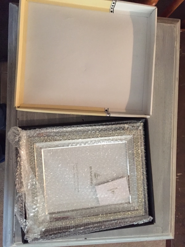 Bowring Jewel Collection Silver Picture Frame 9ea9e584-543a-4088-a4b7-9e986b9d6d86