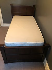 Twin Size Bed Set Upper Darby, 19082