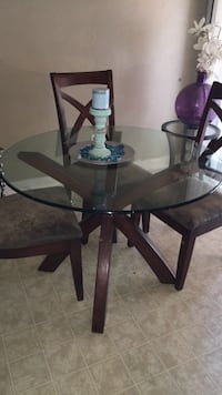 round glass top table with four chairs dining set Manteca, 95336