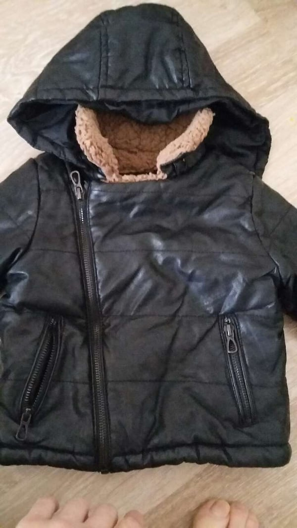 Zara Mont 9-12 aylik sifir gibi a8e56e6f-106f-4af6-b0ca-757b8a81f3be