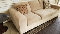 URBAN BARN COUCH. FREE DELIVERY  Edmonton, T6H 5C2
