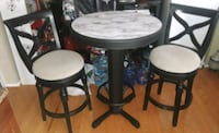 Nice Counter height round table with 2 chairs Columbia, 21045