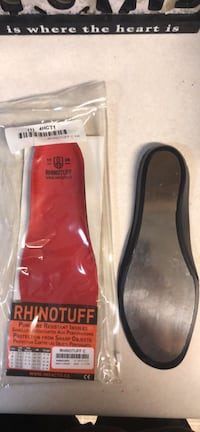 black-and-red Nike running shoes in box Marion, 46953