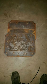 STEEL PLATES / TRUCK BED WEIGHTS 40 EACH