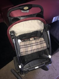 Eddie Bauer stroller used view pics but in good condition  Las Vegas, 89123