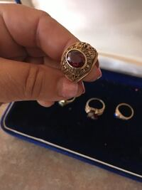 Assorted jewelry -gold rings 4 ladies 1mens ring Montréal, H2W 1Y3