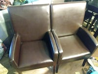 two brown leather armchairs Bellevue, 98007