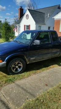 2000 Chevrolet S-10 Nottingham