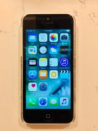 iPhone 5c white Near Mint Condition Unlocked Vaughan, L4H 3W8